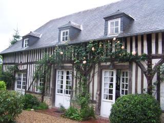 Gite du Manoir de La Porte/ 10-12pers tennis privé - Honfleur vacation rentals