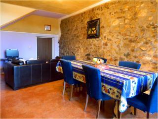 Cozy 1 bedroom Monzambano Condo with Internet Access - Monzambano vacation rentals
