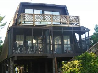 Located less than two blocks to ocean. 3 bedrooms plus loft! - Bethany Beach vacation rentals