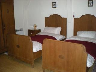 Cozy 3 bedroom Puenderich House with Dishwasher - Puenderich vacation rentals