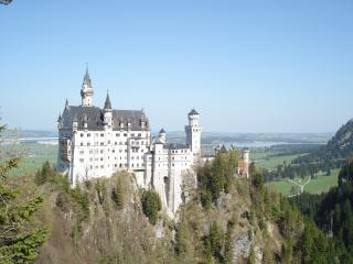 Birkeneck Luxury Apartments - Best Location - Munich vacation rentals