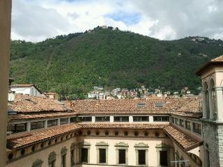 Amazing flat in Como center - Como vacation rentals
