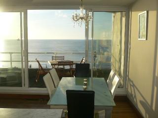 Beautiful Condo with Washing Machine and Television - Penzance vacation rentals