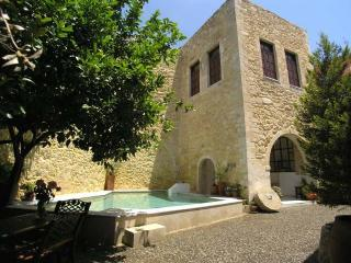 Castle 540m2 (5812sqft) Heated pool (Owner advert) - Maroulas vacation rentals