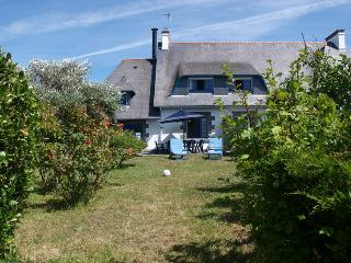 Lovely Villa with Internet Access and Television - Le Guilvinec vacation rentals