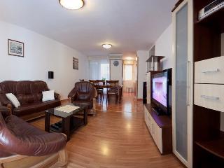 Spacious 4 bedroom Condo in Split - Split vacation rentals