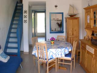 Nice Villa with Outdoor Dining Area and Television - Saint-Cyprien vacation rentals
