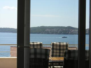 The apartment A - CroSun - Seget Donji-Vranjic vacation rentals