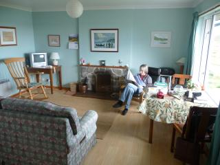 2 bedroom Cottage with Hair Dryer in Lochmaddy - Lochmaddy vacation rentals