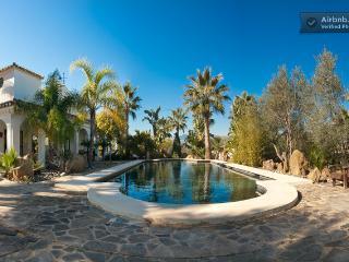 Casa Bliss.Alora. Award winning for 2. Wi Fi.  A/C - Alora vacation rentals