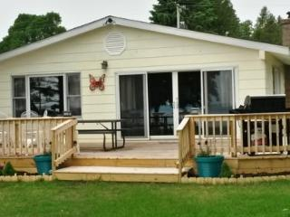 3 bedroom House with Television in Bear Lake - Bear Lake vacation rentals