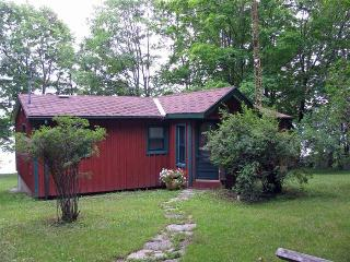 Nice 2 bedroom House in Napanee - Napanee vacation rentals