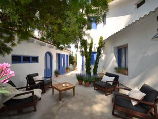 6 bedroom Villa with Internet Access in Sitges - Sitges vacation rentals