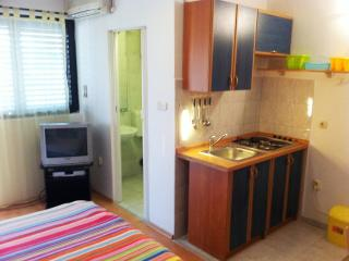 Apartments Ružica - 60291-A1 - Karlobag vacation rentals