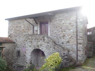 casetta barbara - Bagnone vacation rentals