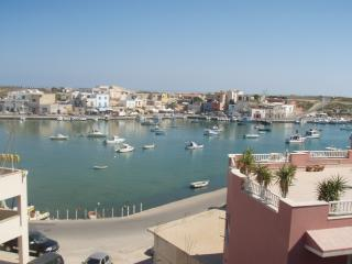 lampedusa bivani sul porto vec - Lampedusa vacation rentals