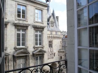 The Key to Bordeaux - Bordeaux vacation rentals