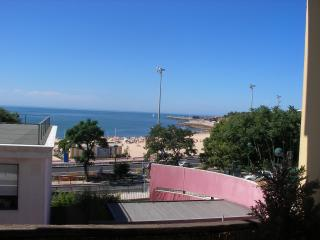 Cozy 3 bedroom Vacation Rental in Estoril - Estoril vacation rentals