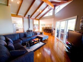 Nice 5 bedroom Norfolk Island Villa with Internet Access - Norfolk Island vacation rentals