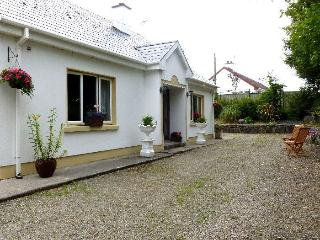Comfortable House with Satellite Or Cable TV and Television - Ballyvaughan vacation rentals