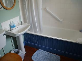 Beautiful Cottage with Fireplace and Linens Provided - Kilkeel vacation rentals