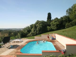 Nice 1 bedroom Vacation Rental in Montpezat de Quercy - Montpezat de Quercy vacation rentals