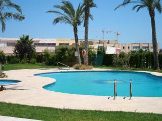 APARTMENT GOLDEN BEACH - Javea vacation rentals