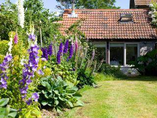 Romantic 1 bedroom Vacation Rental in Glastonbury - Glastonbury vacation rentals