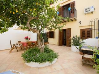 Nice House with A/C and Kettle - Castellammare del Golfo vacation rentals