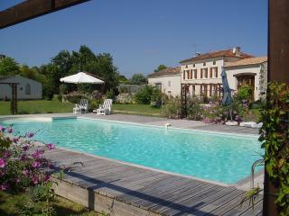 Cozy 2 bedroom Gite in Pons - Pons vacation rentals