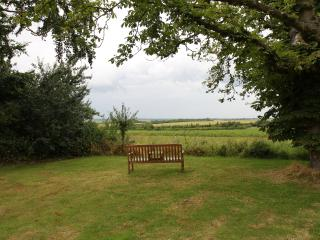 Charming 2 bedroom Horncastle Cottage with Internet Access - Horncastle vacation rentals