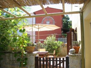 Il Bugi - Procchio vacation rentals
