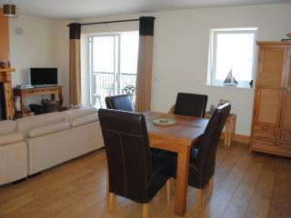 Comfortable Condo with Internet Access and Dishwasher - Ballycotton vacation rentals