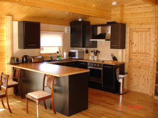 3 bedroom Lodge with Internet Access in Falkland - Falkland vacation rentals