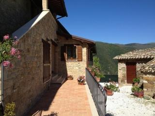 1 bedroom Bed and Breakfast with Television in Camerino - Camerino vacation rentals