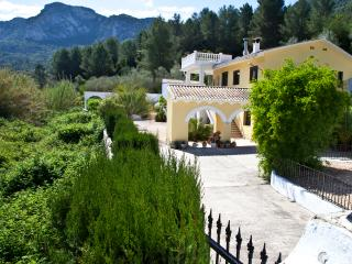 Casa Amarilla - rural villa with private pool - Xativa vacation rentals