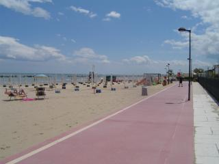 Convenient Fano vacation Apartment with Stove - Fano vacation rentals