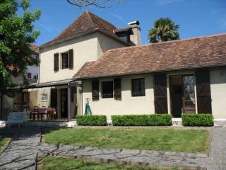 3 bedroom Gite with Internet Access in Pyrenees-Atlantiques - Pyrenees-Atlantiques vacation rentals