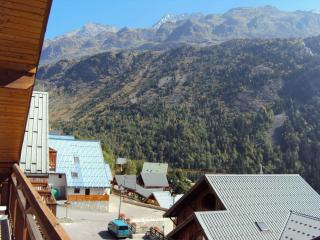 Spacious 4 bedroom Penthouse apartment in Vaujany - Vaujany vacation rentals