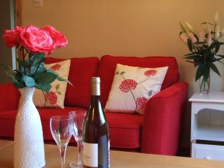 Nice Cottage with Internet Access and Television - Lamberhurst vacation rentals