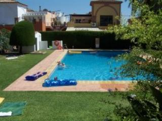 1/bed garden apart \El Pilar nr  Estepona - Estepona vacation rentals
