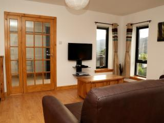 1 bedroom Condo with Internet Access in Fort William - Fort William vacation rentals