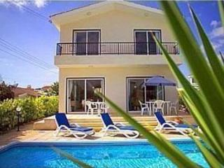 Superb 3-bed Villa by the Sea - Paphos vacation rentals