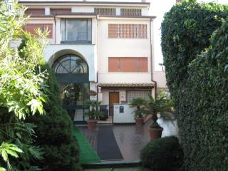 Beautiful Condo with Television and Parking - Rome vacation rentals