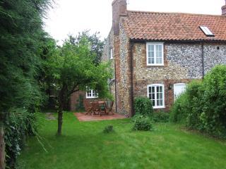 Charming 2 bedroom Cottage in Burnham Market - Burnham Market vacation rentals