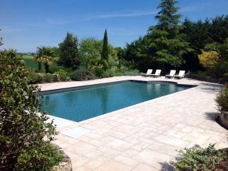 Les Cypres de Donnazac - Donnazac vacation rentals