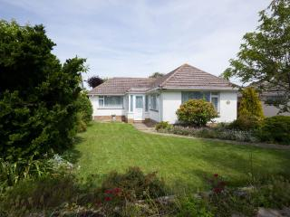 Detached bungalow in Barton on Sea, New Forest - Barton-on-Sea vacation rentals