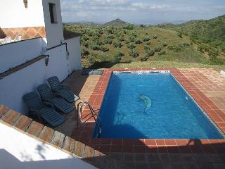 4 bedroom Villa with Satellite Or Cable TV in Guaro - Guaro vacation rentals