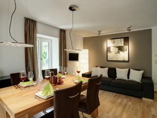 Paleo Finest Serviced Apartmen - Munich vacation rentals