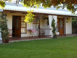 2 bedroom Cottage with Internet Access in Hermanus - Hermanus vacation rentals